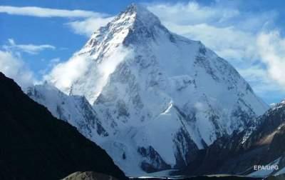 При восхождении на третью по высоте гору мира погибли альпинисты из Индии
