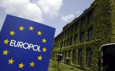 Европол ликвидировал сеть киберпреступников