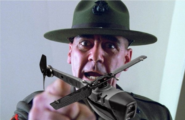 Микро-помощник: Американские войска испытают карманный беспилотник